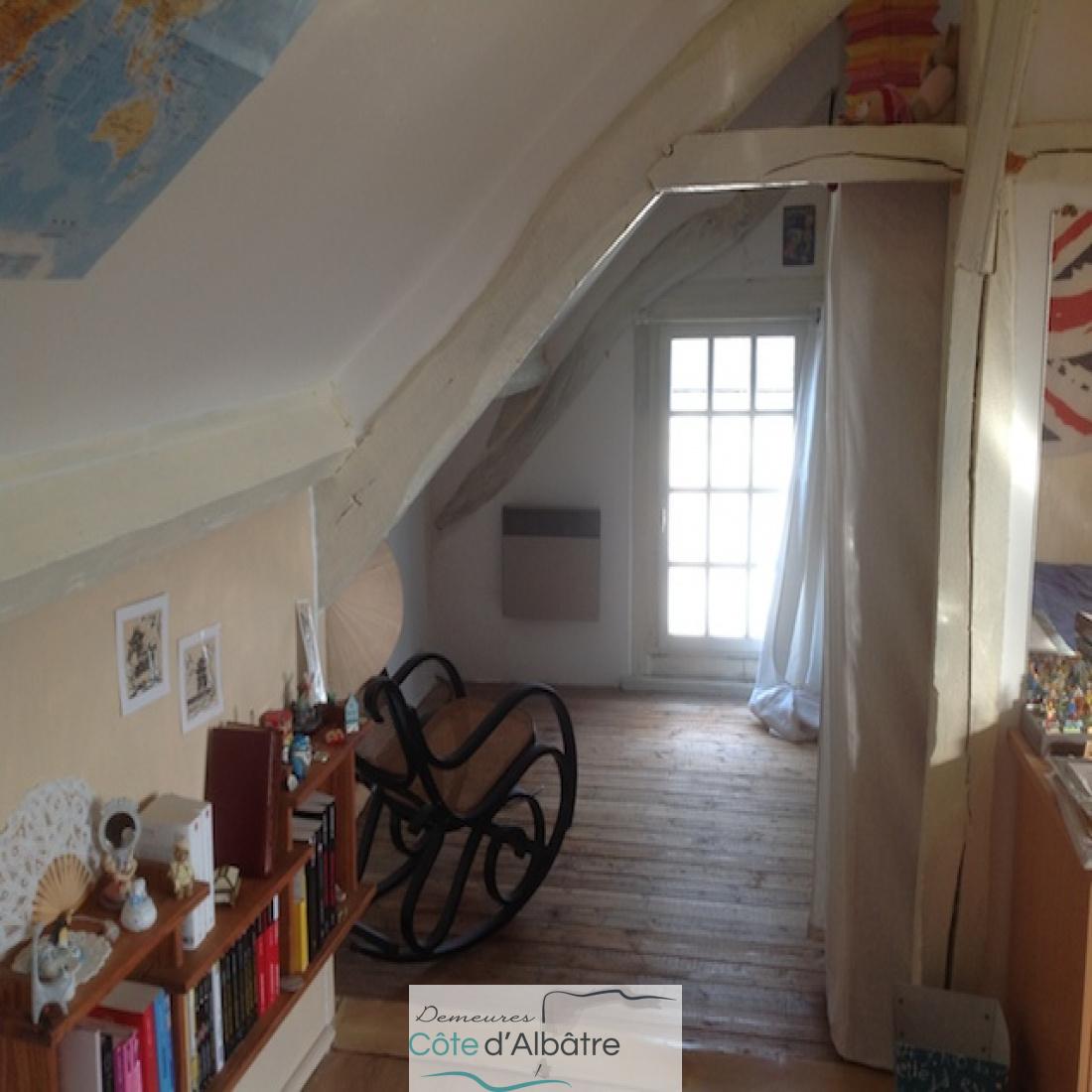 chambre étage parquetée